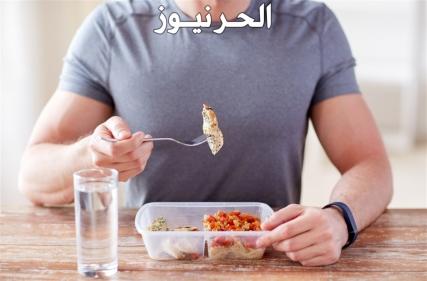 لا تشربوا الماء قبل الأكل : اضرار شرب الماء قبل الاكل