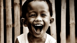 تفسير حلم الضحك في المنام لابن سيرين