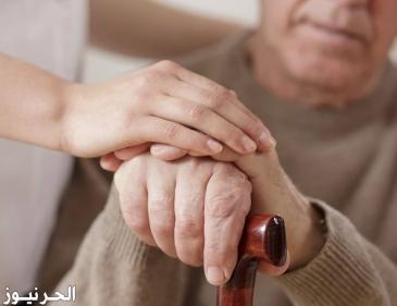 الرفق بكبار السن وكيفية التعامل معهم