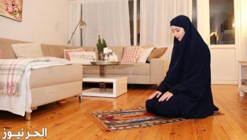 تفسير حلم الصلاة في منزل الجار في المنام