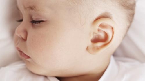 علاج التهاب الاذن للاطفال مجرب