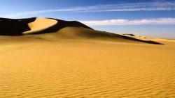 تفسير حلم أكل الرمل في المنام