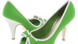 تفسير حلم الحذاء للعزباء في المنام