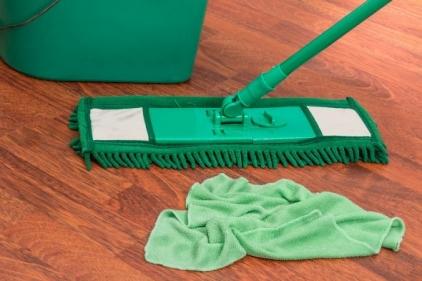 تفسير حلم تنظيف بيت الأقارب في المنام