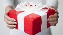 تفسير حلم الهدية بين المتخاصمين في المنام