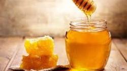 تفسير حلم السماء تمطر العسل في المنام