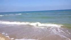 تفسير رؤية البحر وأمواجه هادئة في المنام
