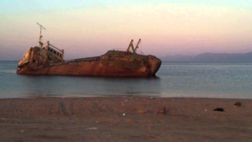 تفسير غرق السفينة في المنام
