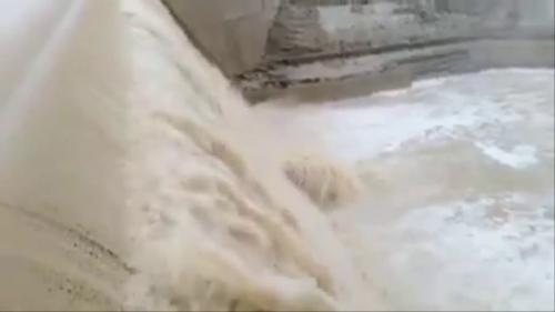تفسير حلم فيضان الماء في الشارع في المنام