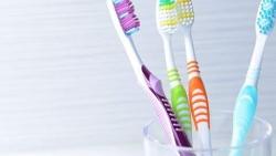 تفسير رؤية هدية فرشاة أسنان في المنام