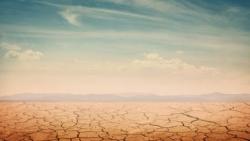تفسير حلم جفاف الماء في المنام