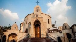دخول الكنيسة للعزباء المسلمة في المنام