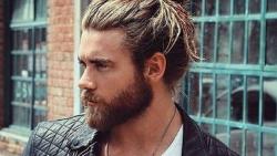 تفسير حلم الشعر على الصدر في المنام