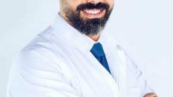 الدكتور يوسف قرنوب أستشاري أمراض الباطنة