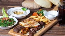 مطعم لي شاتو للعائلات بالسعودية
