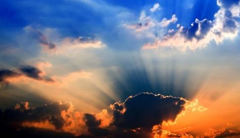 تفسير حلم ألوان السماء في المنام
