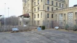 تفسير خروج الميت من السجن في المنام