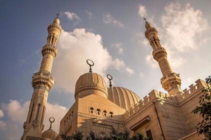 تفسير حلم الجلوس في المسجد في المنام