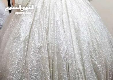 حلمت ان صديقتي لابسة فستان زفاف في المنام
