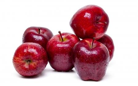 تفسير حلم شراء التفاح في المنام
