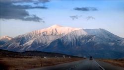 تفسير حلم الجبل والماء في المنام
