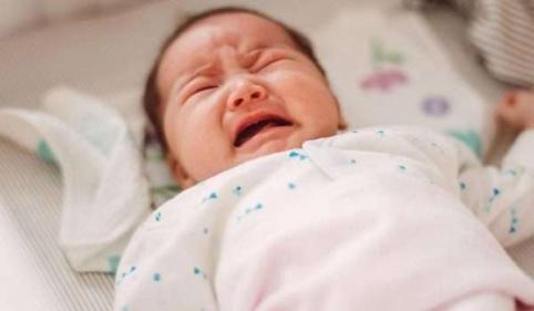 علاج الغازات عند الأطفال حديثي الولادة