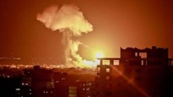 الاحتلال الصهيوني يقصف سوريا ويخلف 10 قتلى