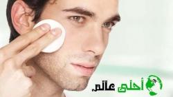 الكشط الدقيق للجلد لازالة بثور الوجه