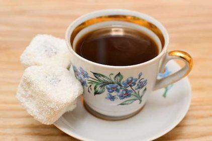 شعر عن القهوة لنزار قباني